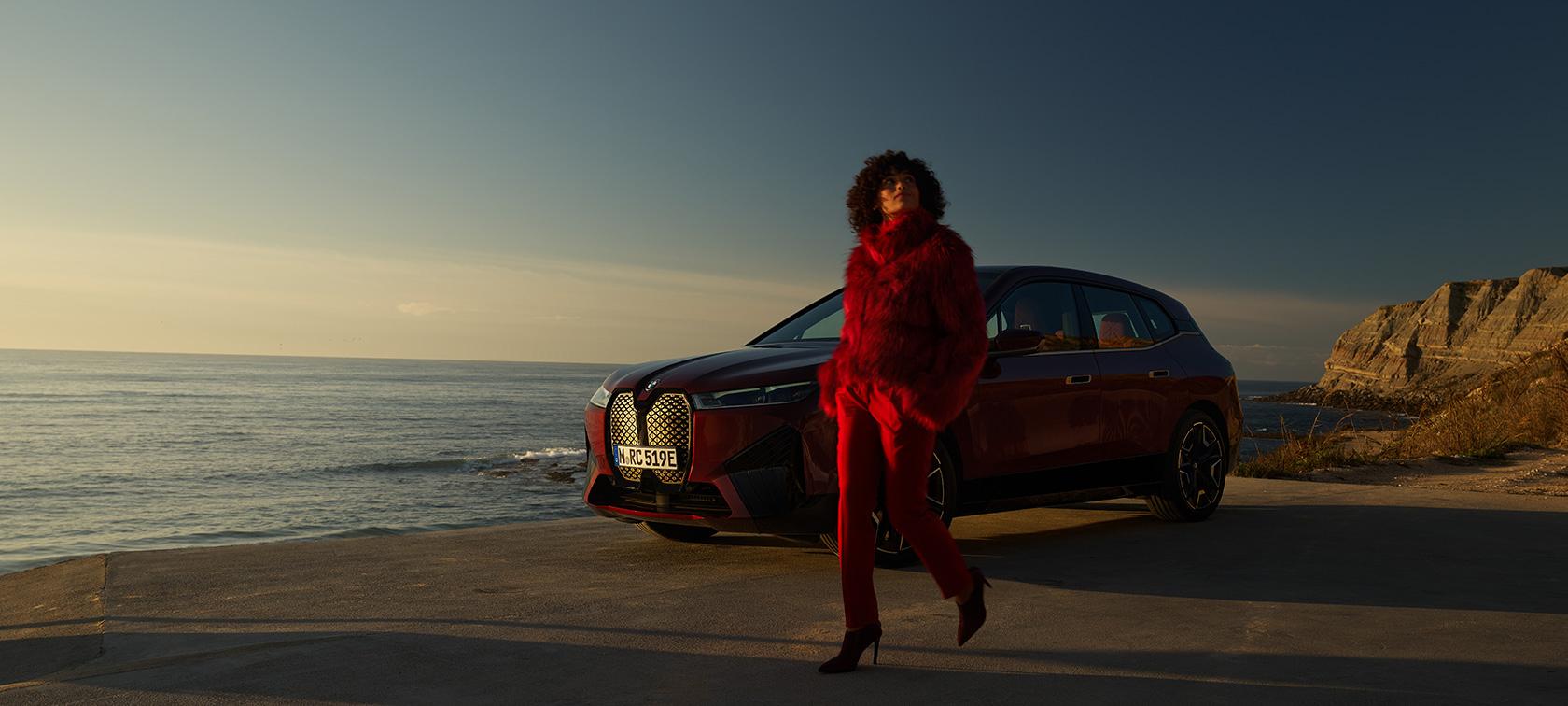 POTPUNO NOVI BMW iX. PIONIR NOVOG DOBA.